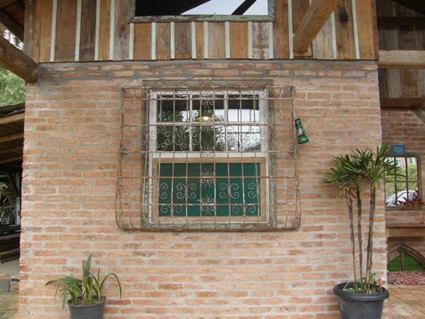 Démolition de briques 40