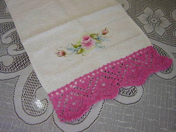 Bec de crochet pour serviette de toilette