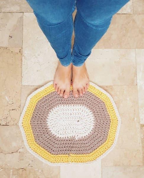 Petit tapis à utiliser dans les salles de bains et les toilettes