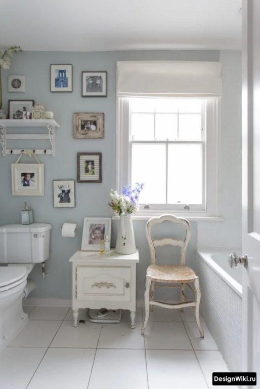Petite salle de bain de style provençal
