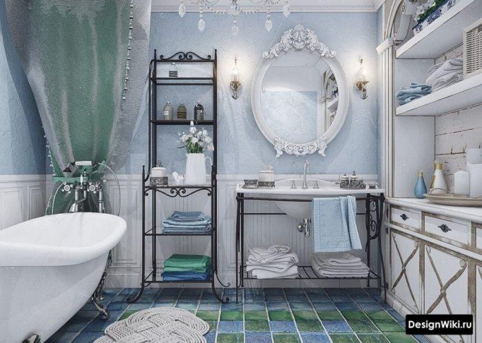 La combinaison du blanc et du bleu dans une salle de bain de style provençal