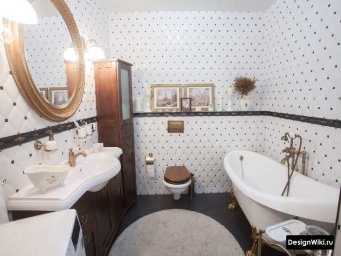 Salle de bain avec carrelage de style provençal
