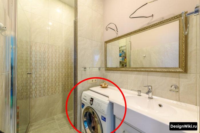 Style provençal dans le bug de la salle de bain