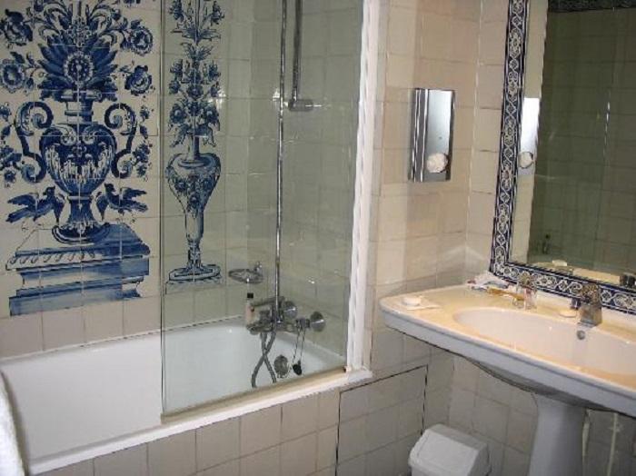 Conception de salle de bain bleue: plus de 100 exemples de photos réelles et points forts