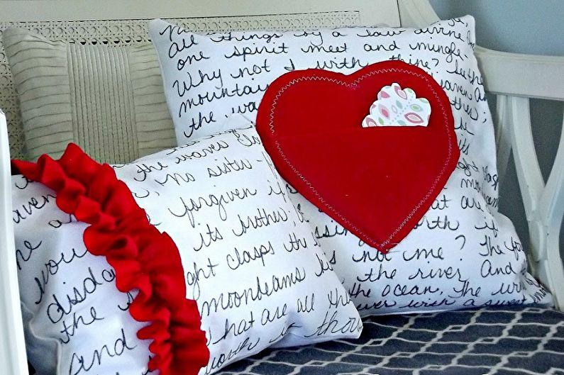 Cadeau DIY du 14 février - Coussin décoratif