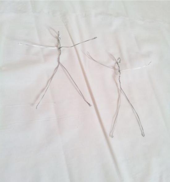 Squelette de ballerine en fil