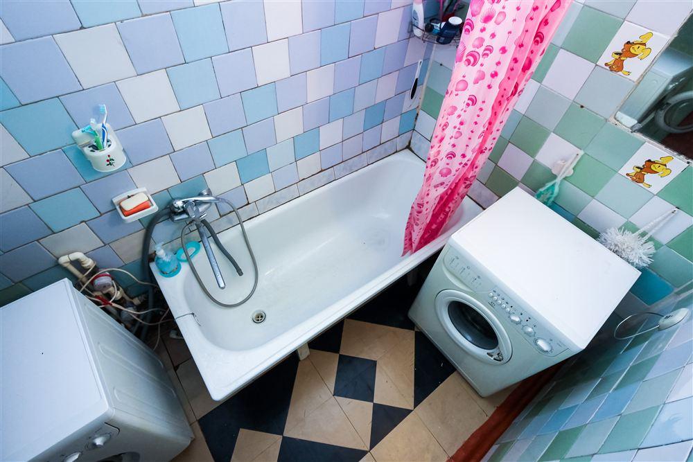 Salle de bain 3 mètres carrés: plus de 100 exemples de photos réelles et idées de design
