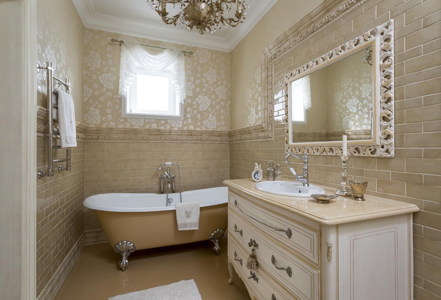 Conception de salle de bain dans un style classique: caractéristiques de style, conseils de conception, exemples de photos