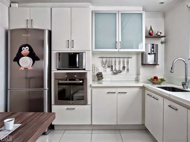 tiroir au-dessus du réfrigérateur