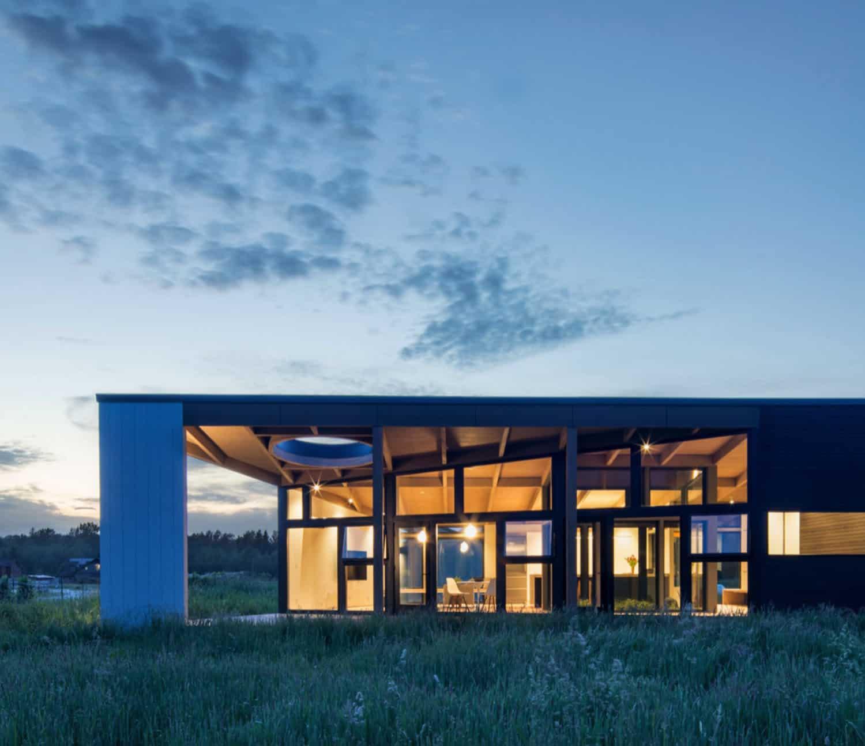 porche-au-crépuscule-maison-moderne-extérieur