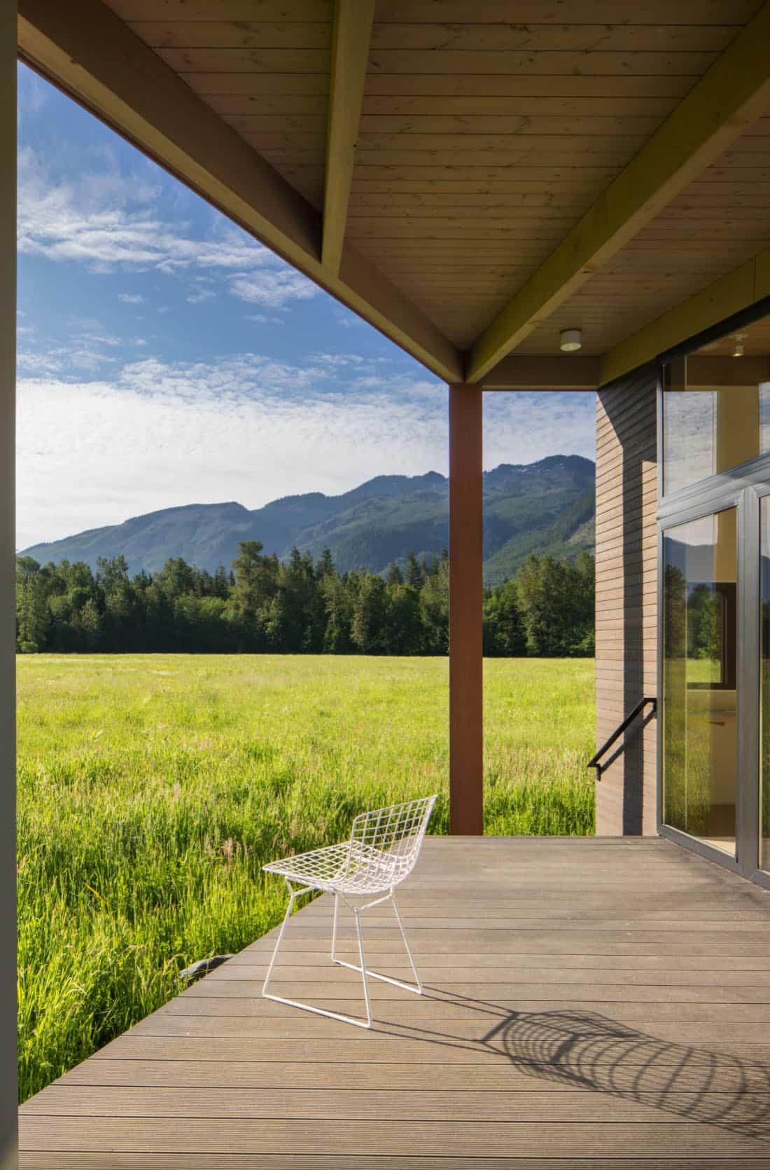 porche-extérieur du milieu du siècle avec vue