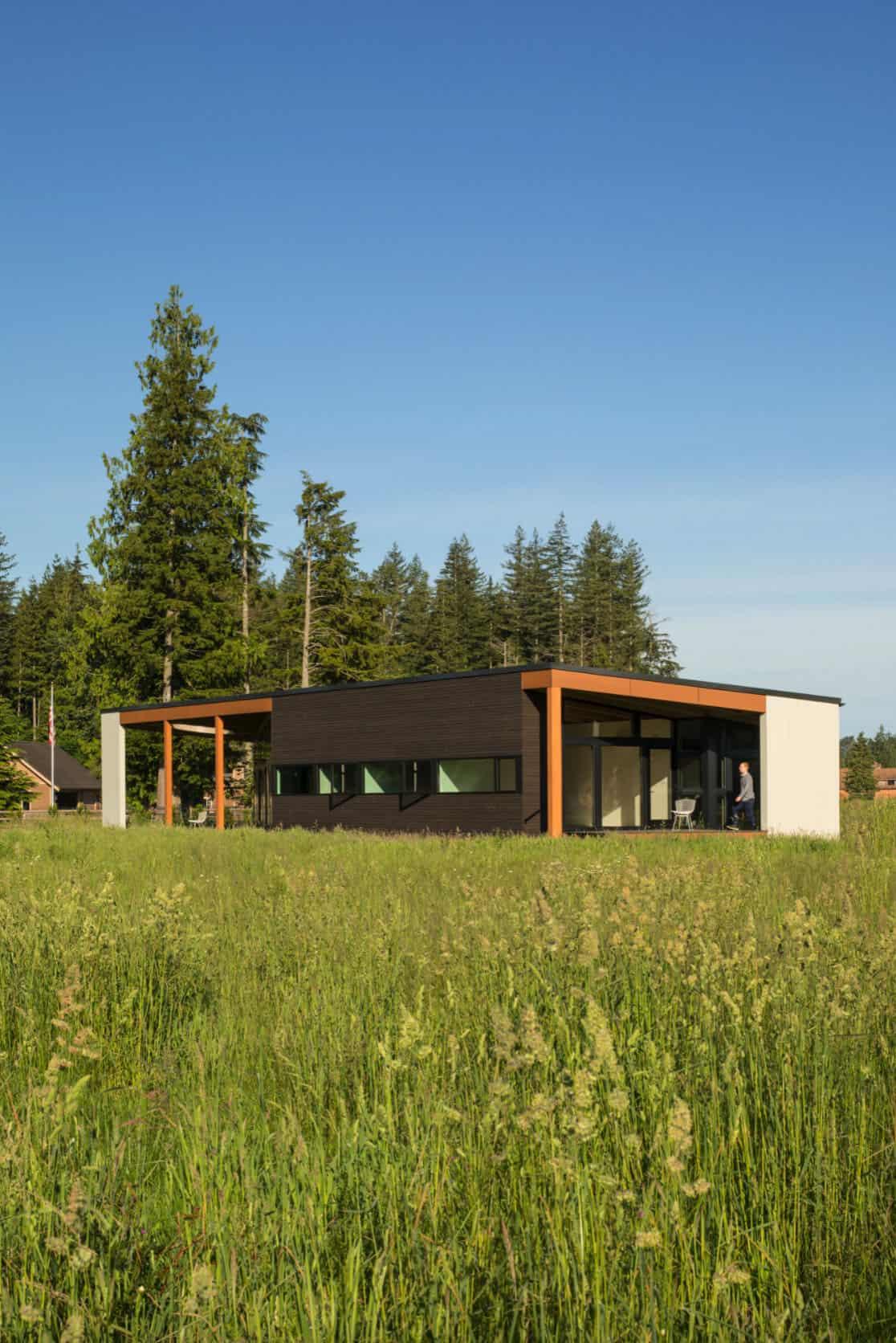 maison-extérieur du milieu du siècle