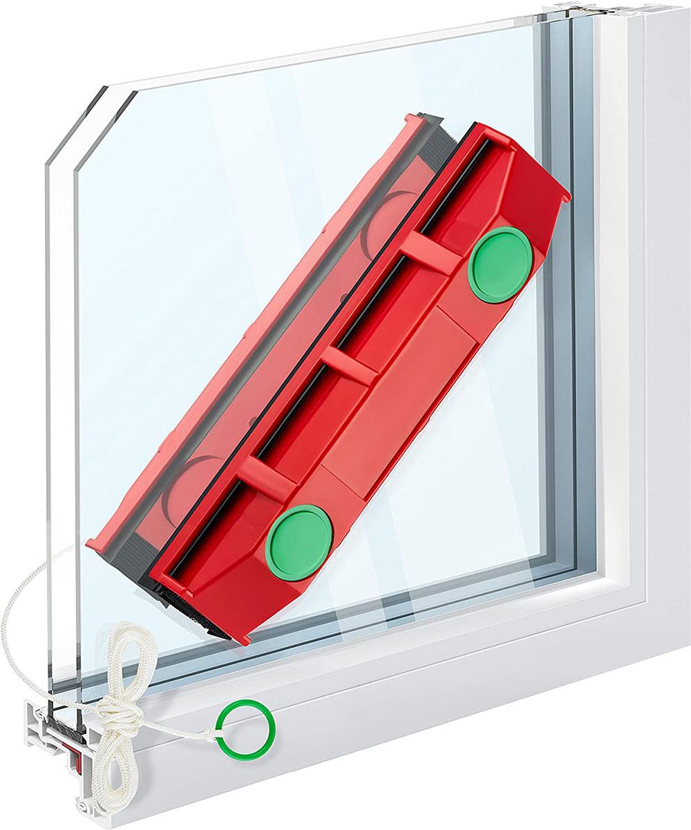 Tyroler-Bright-Tool-the-Glider-Magnetic-Window-Cleaner Les meilleurs outils de nettoyage de vitres à acheter pour un travail plus facile (réponse)