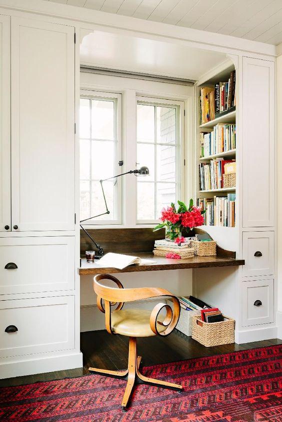 Bureaux confortables équipés pour donner une sensation de confort et de chaleur