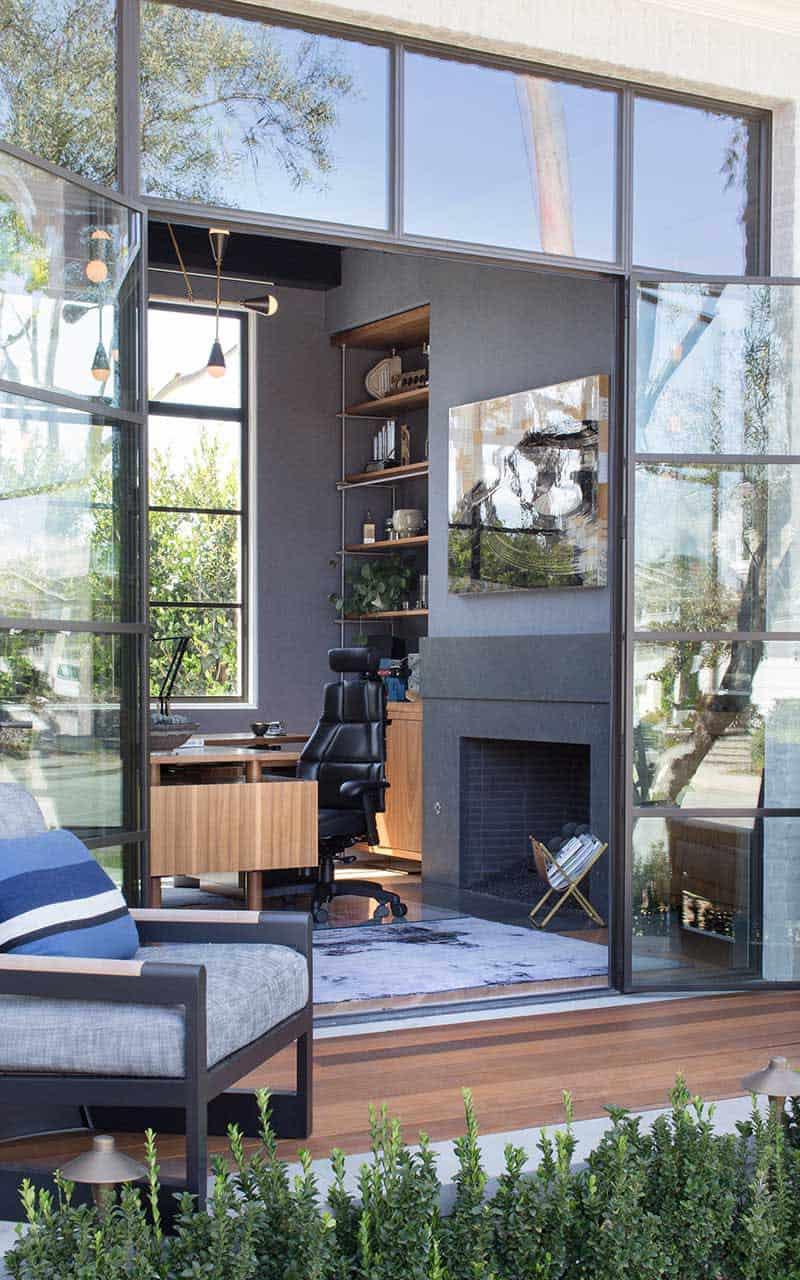 bureau à domicile moderne au milieu du siècle