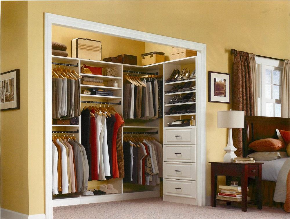 clo10 Idées de placards d'angle pour vous aider à maximiser votre espace