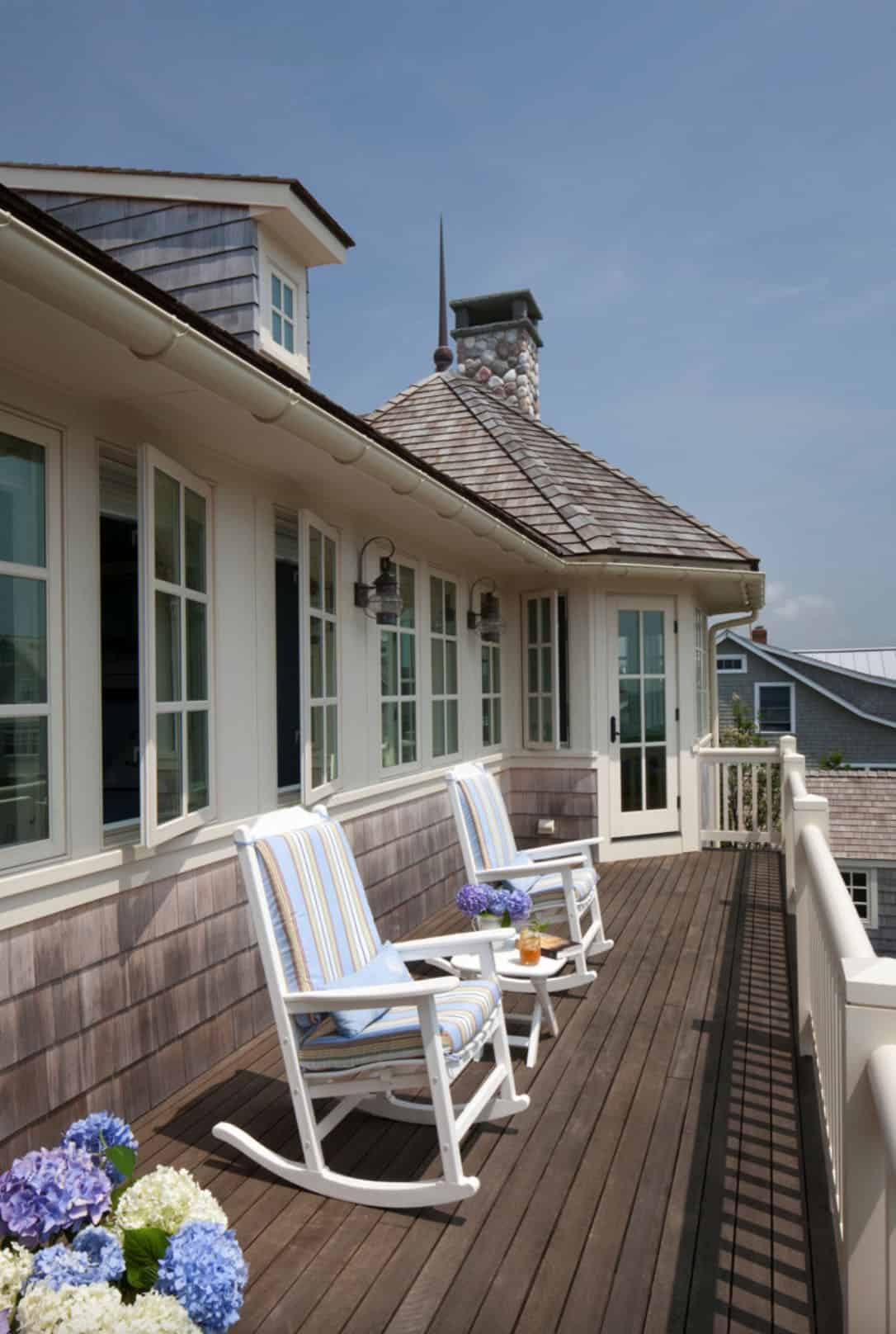 balcon-maison-de-plage-style-galets