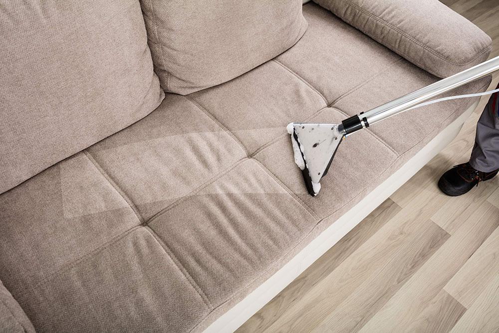 nettoyage sous vide Comment nettoyer les meubles en microfibre pour leur donner un aspect neuf