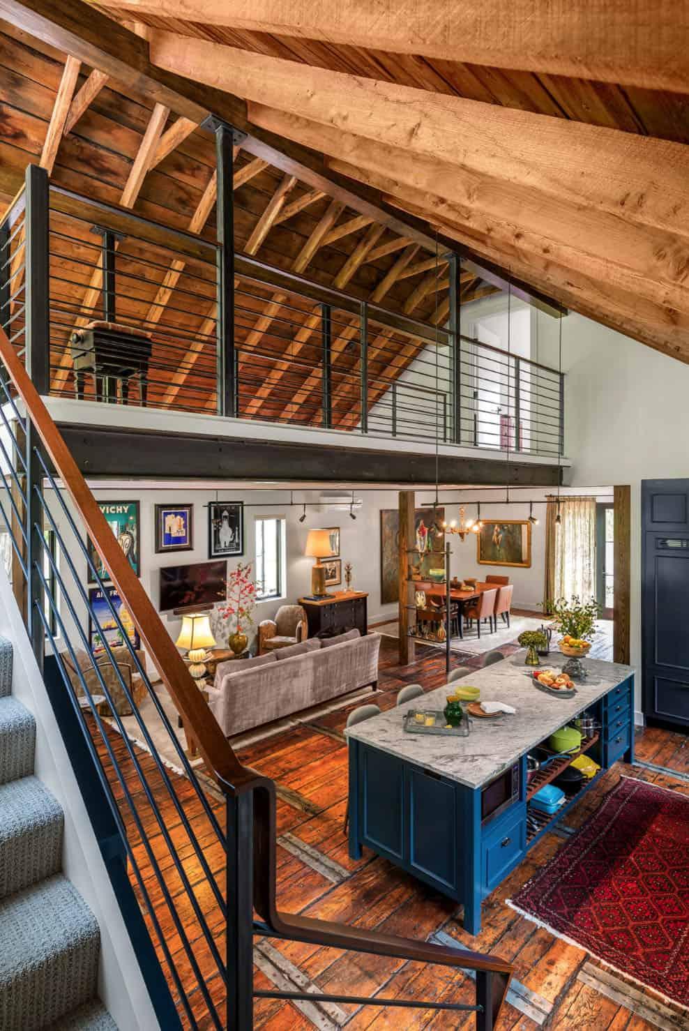 grange-maison-eclectique-escalier