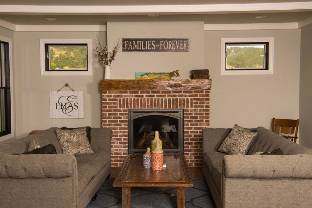 Modern-Farmhouse-by-Luxurious-Living-by-Lage-Construction Comment refaçonner une cheminée pour qu'elle soit incroyable