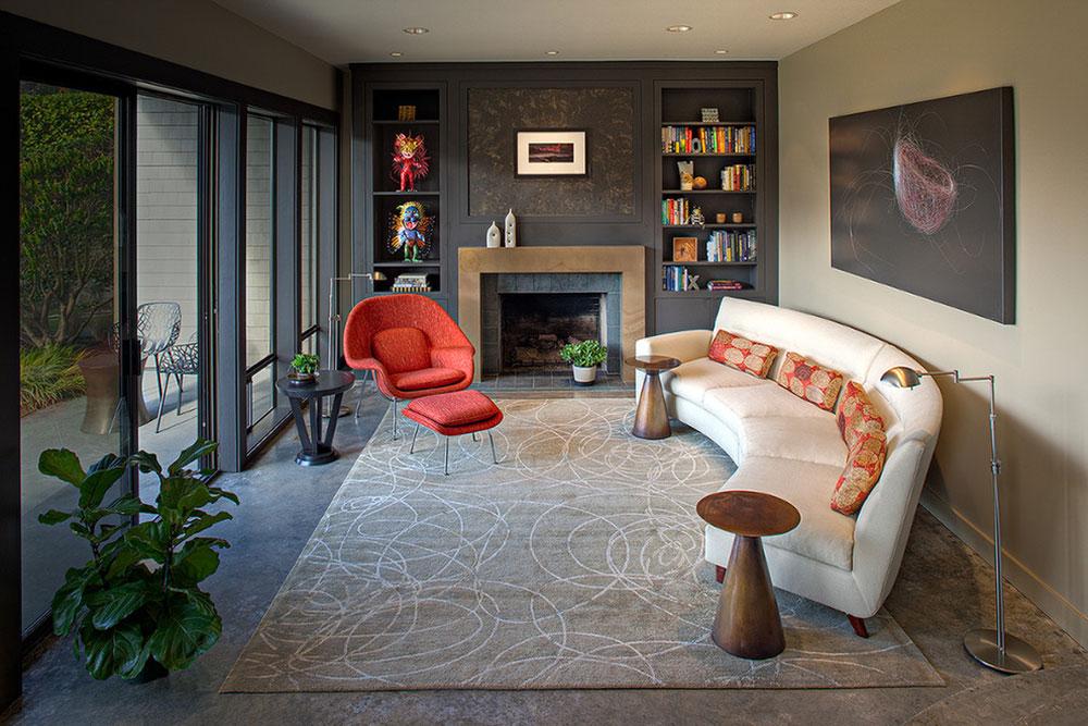 Living-Room-by-Deering-Design-Studio-Inc Comment organiser les meubles dans un salon maladroit