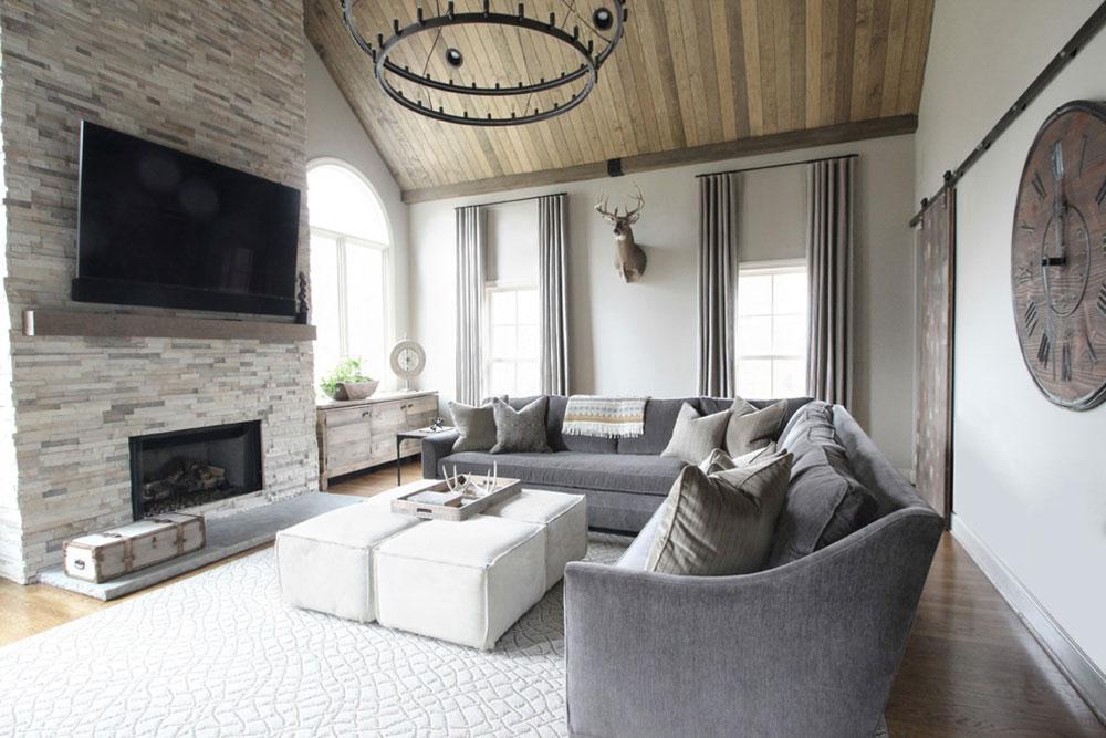 Rustic-Family-Room-Living-Room-by-Brad-Ramsey-Interiors Comment organiser les meubles dans un salon maladroit
