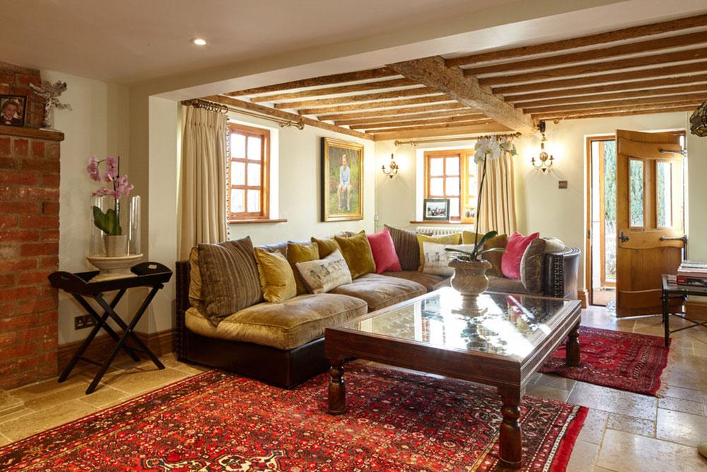 Living-Room-by-Theresa-Wallis-Interiors Comment organiser les meubles dans un salon maladroit