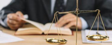 Comment trouver une assistance juridique pour les procedures dacquisition de