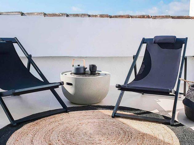 Design d'intérieur méditerranéen dans un duplex luxueux