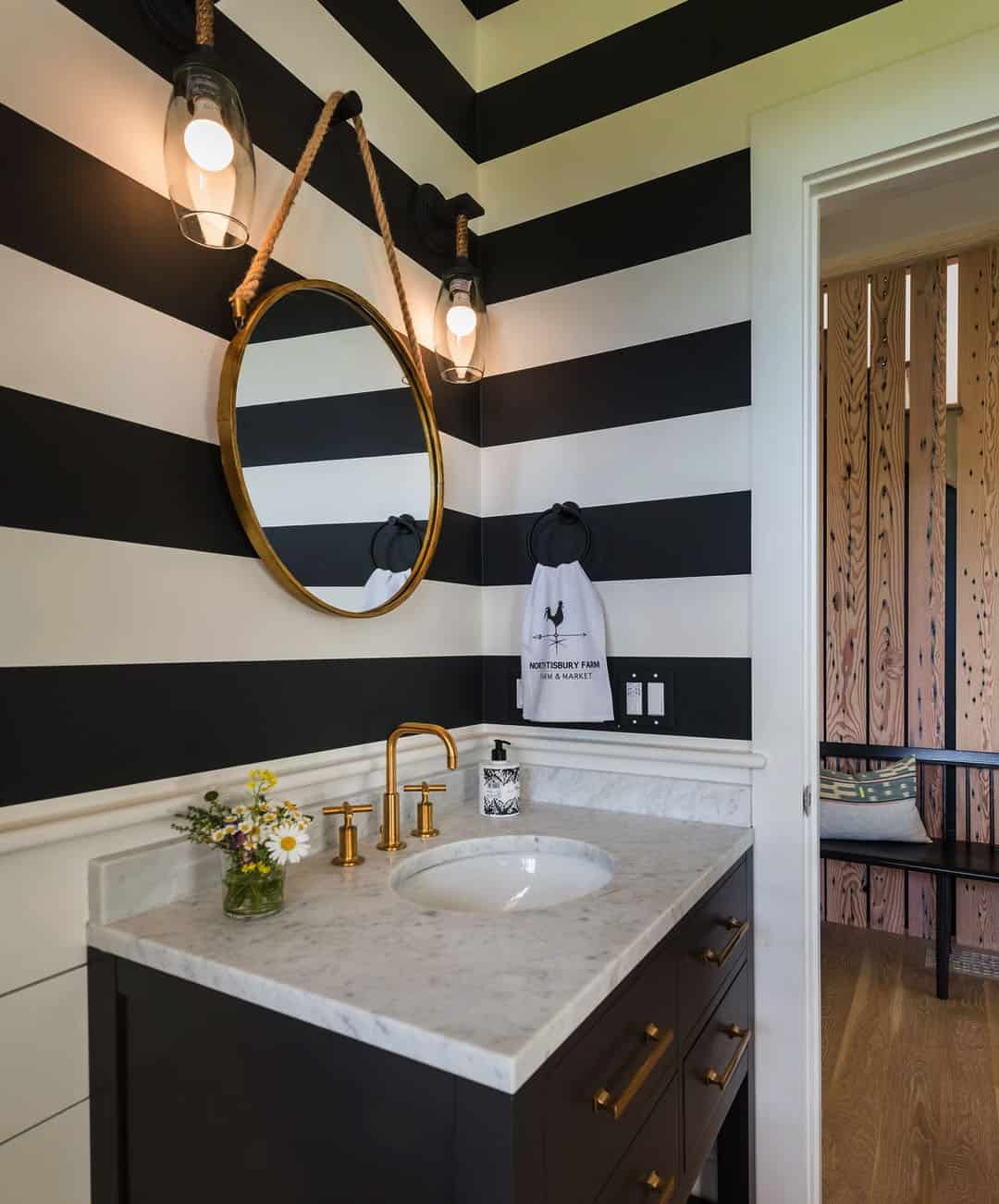 salle-de-bain-poudres-de-ferme-moderne