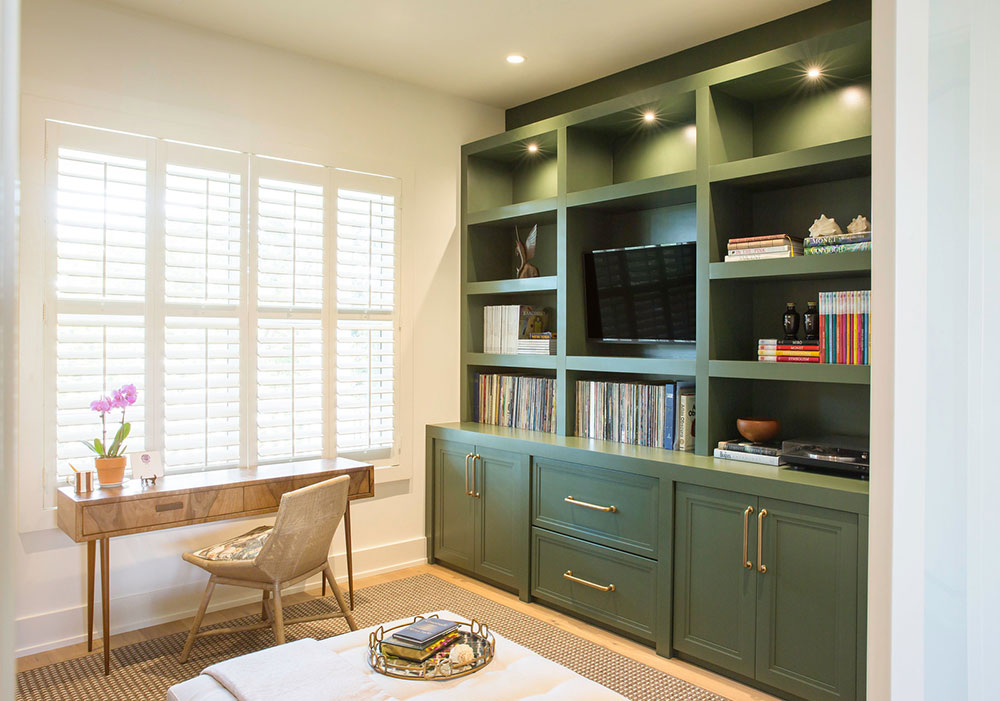 Custom-Home-by-Dan-Hahn-Custom-Builders-Inc Que faire avec de vieilles armoires de cuisine (idées d'armoires réutilisées)