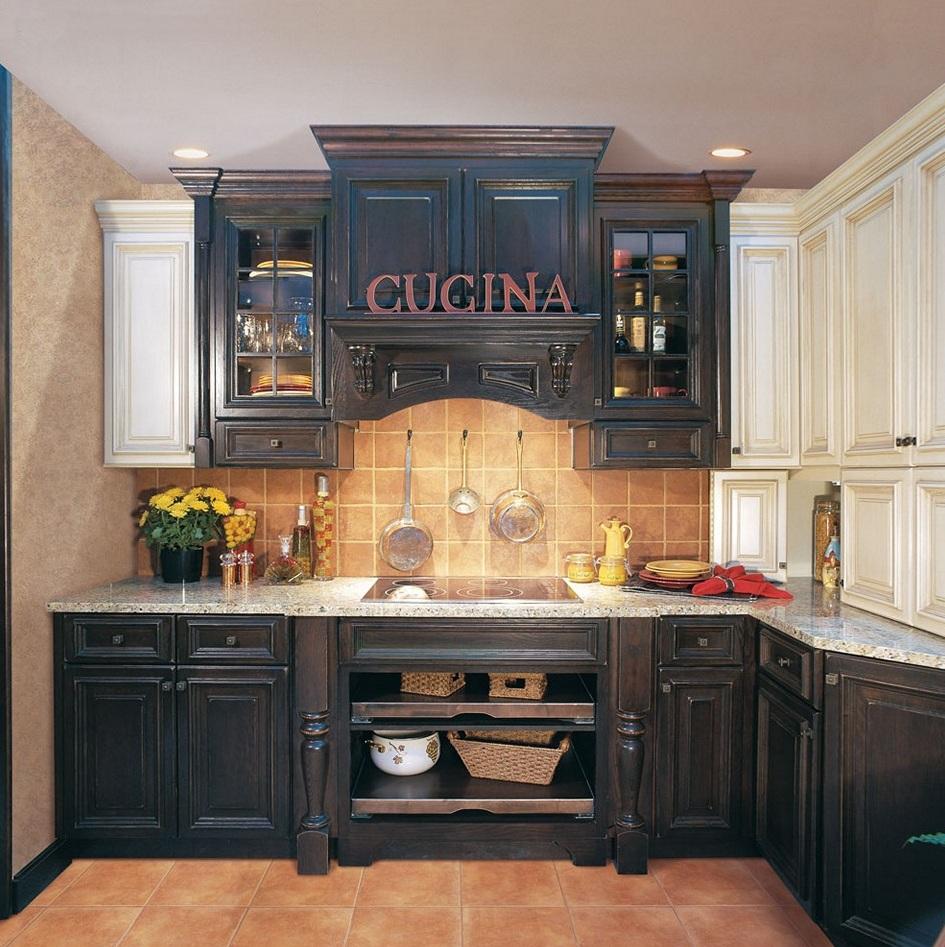 armoires-de-cuisine-noires-vieillies