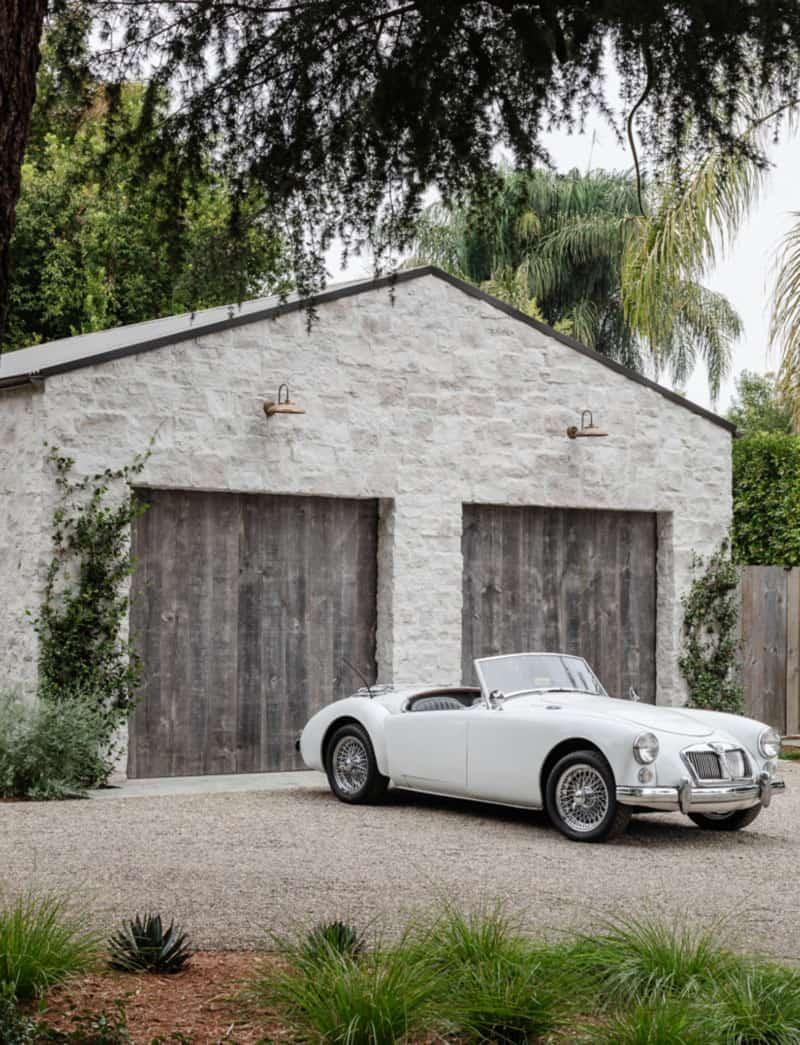 maison-garage-exterieur style cote ouest