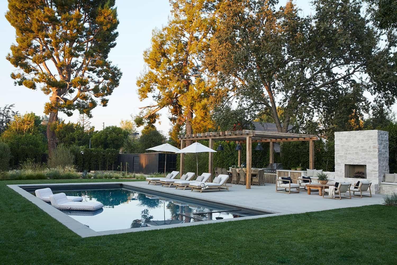 piscine-maison-style-cote-ouest