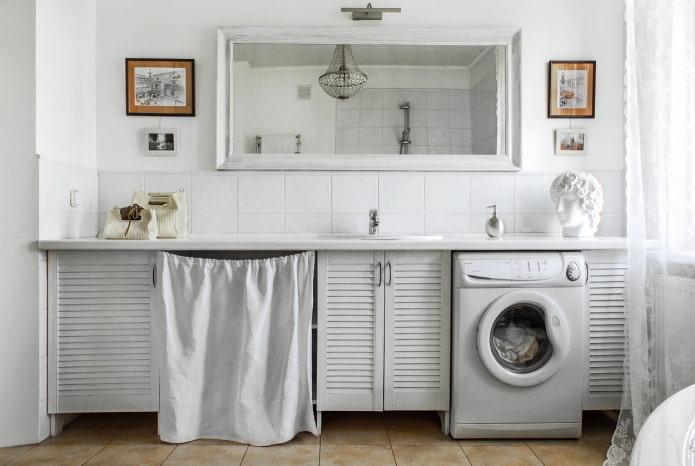 meubles de salle de bain blancs