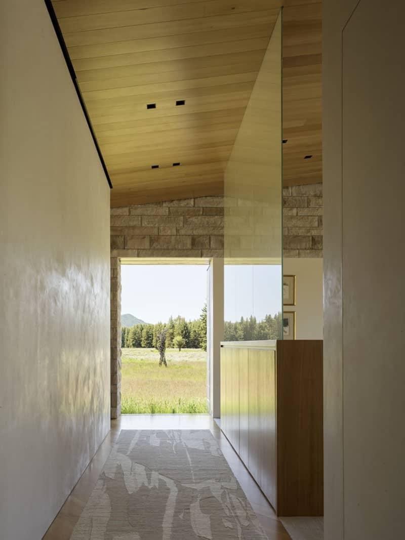 ranch-hall-moderne