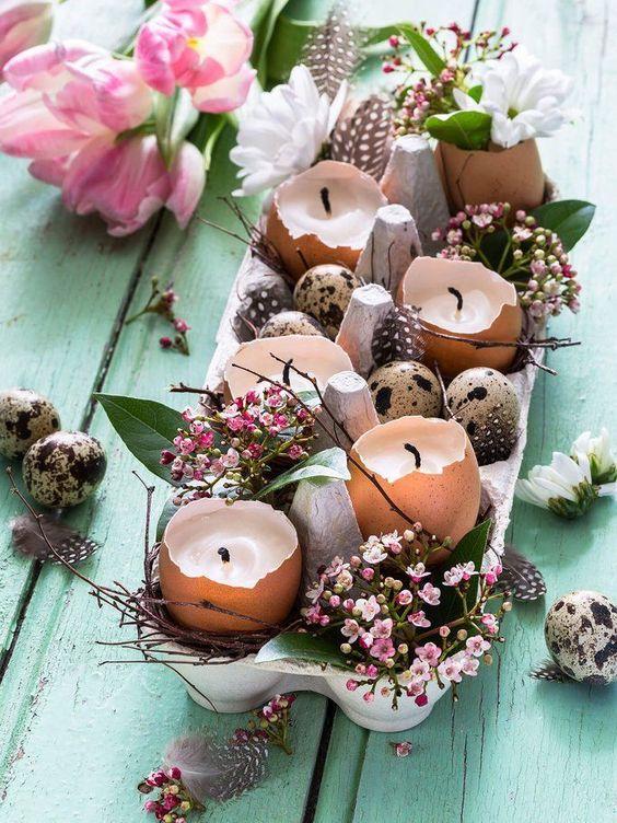 Styles Comment décorer votre table de Pâques et une galerie à inspirer
