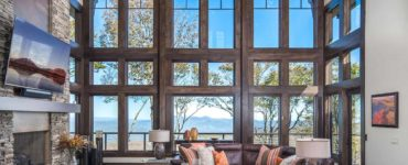 rustic-ski-retreat-living-room