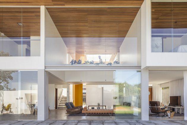 Linhares Dias House par BLOCO Arquitetos à Brasilia, Brésil