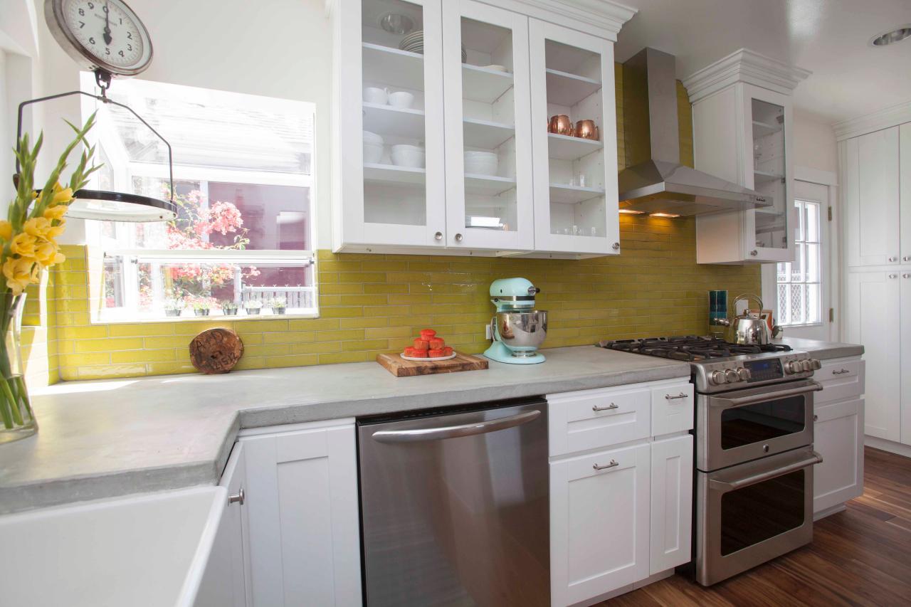 hhutr212h_renovation-cuisine-after11-jpg-rend-hgtvcom-1280-853