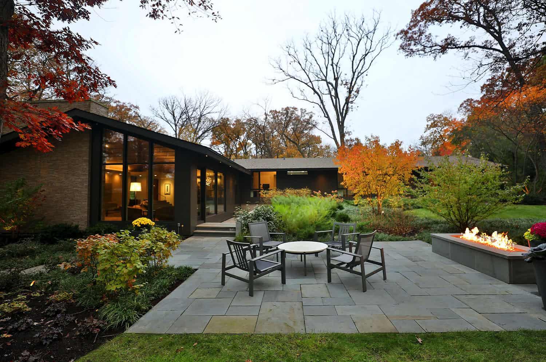 patio moderne du milieu du siècle
