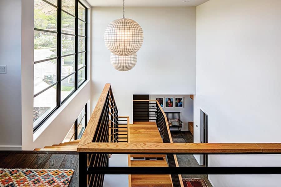 résidence-escalier-milieu-du-siècle
