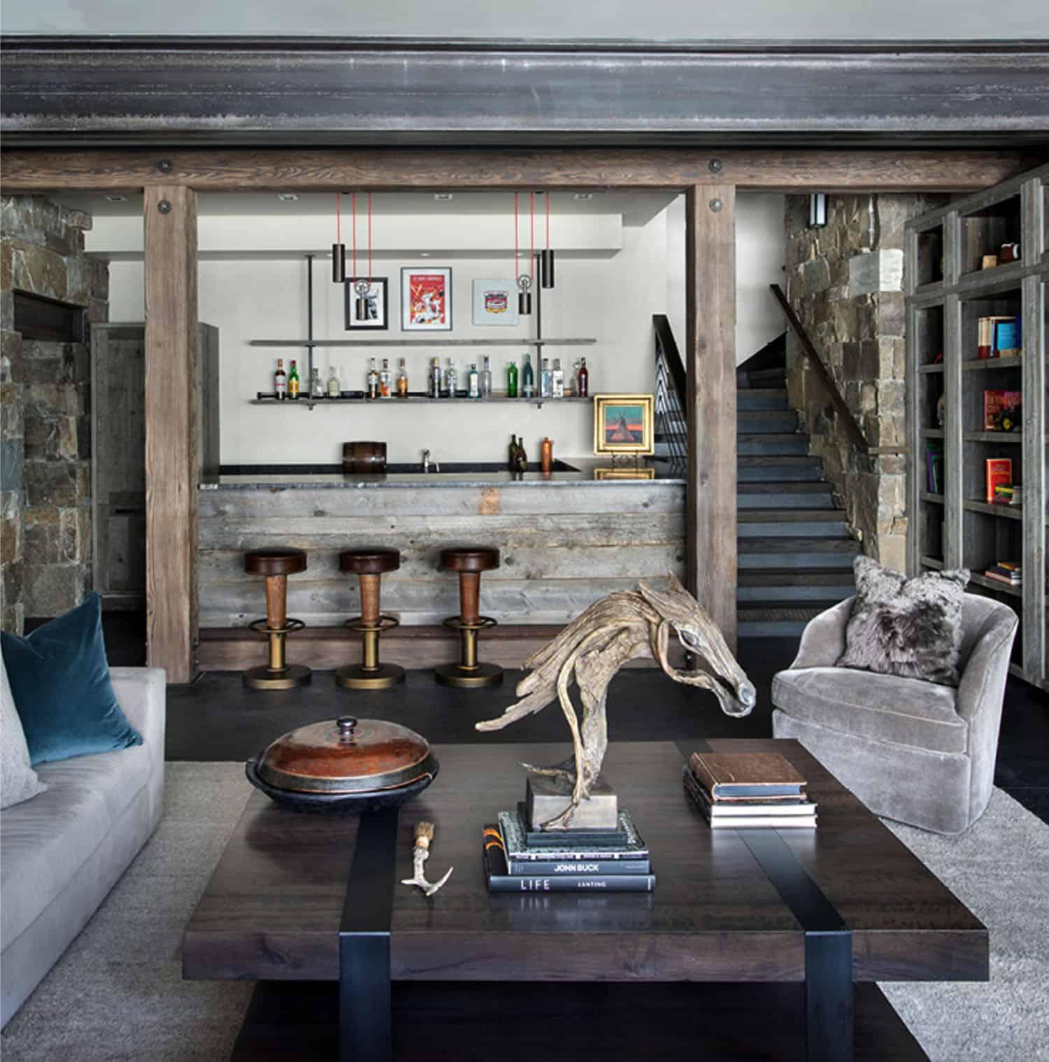 ski-home-rustique-sous-sol-salle-familiale-bar
