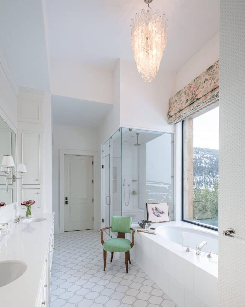 salle de bain principale moderne
