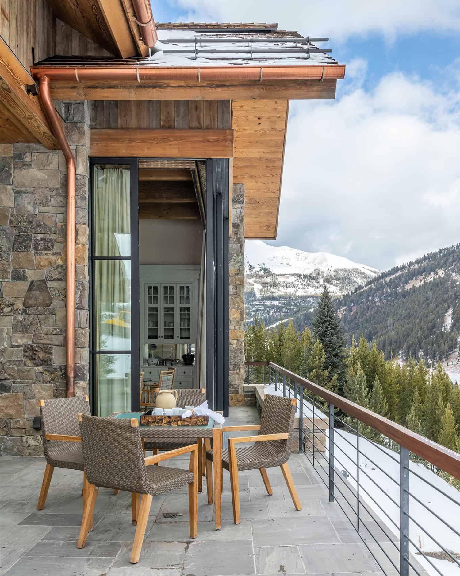 maison-de-ski-moderne-salon-exterieur