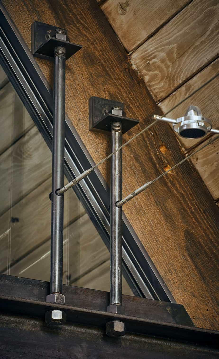 rustique-contemporain-salon-plafond-detail