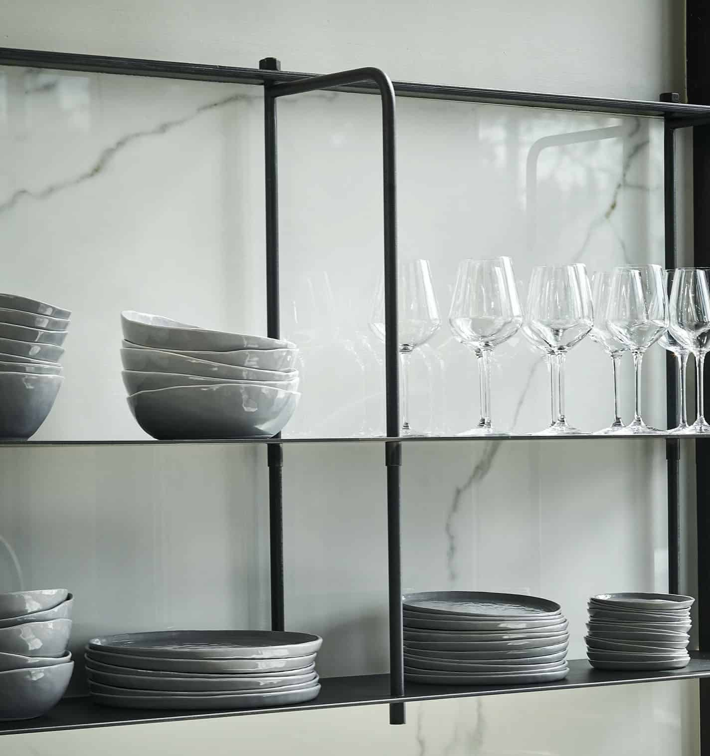 détail-étagère-cuisine-rustique-contemporaine