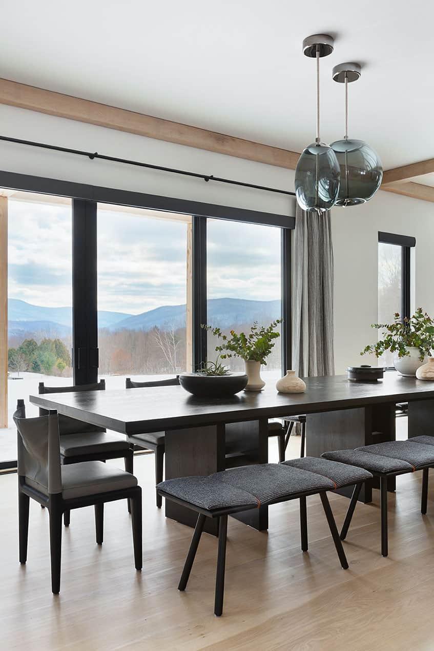 salle-a-manger-de-luxe-de-montagne