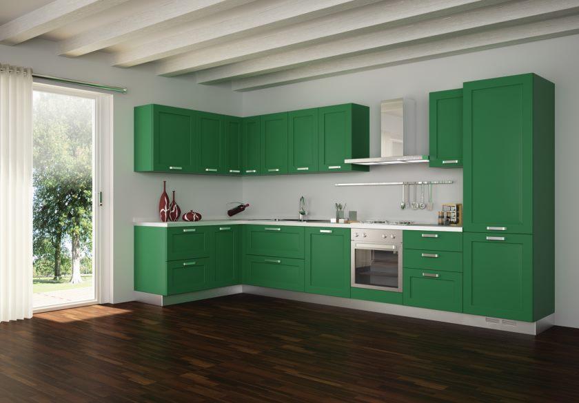 grand-plafond-poutres-blanches-avec-ensemble-de-cuisine-vert-plus-rideau-blanc-plus-porte-coulissante-en-verre