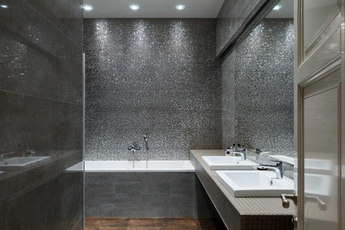 éclairage ponctuel dans la salle de bain